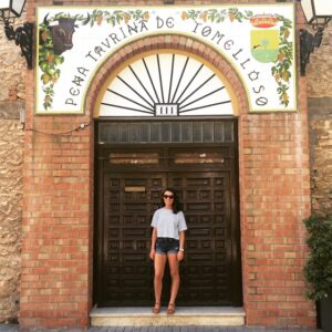 Betty standing outside a beautiful building in Tomelloso.
